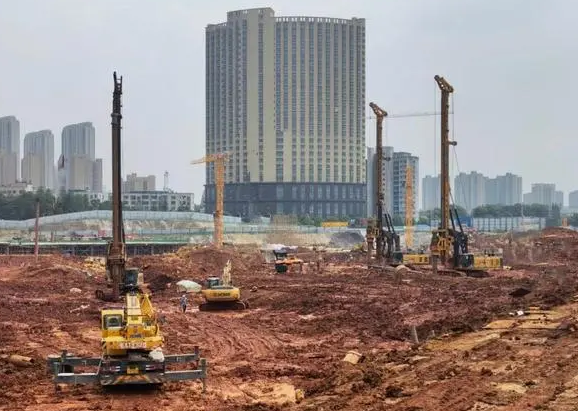 东方旋挖钻机培训基地企业定制专业选择